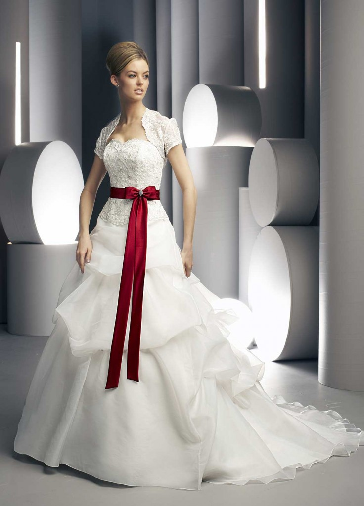 Weddings & More Beaumont Bridal Gown M