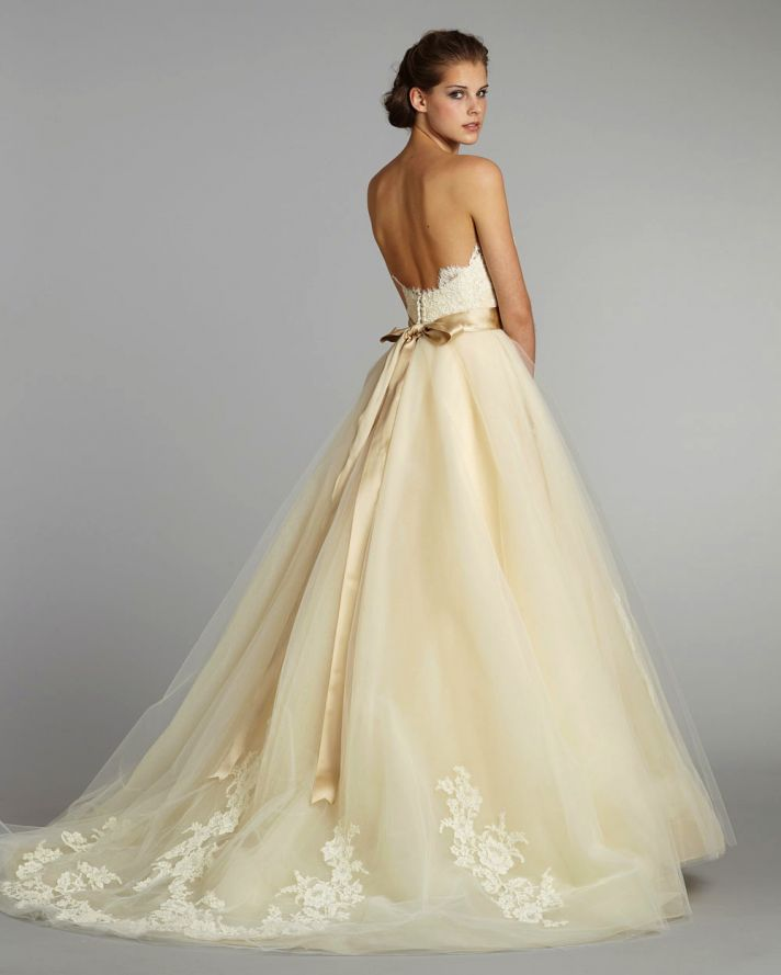 Weddings & More Beaumont Wedding Dress M