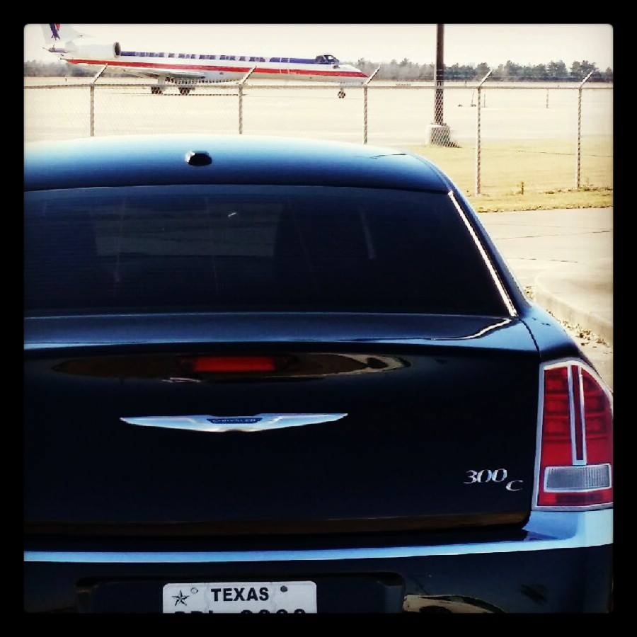 Carte Blanche SETX Airport Limo