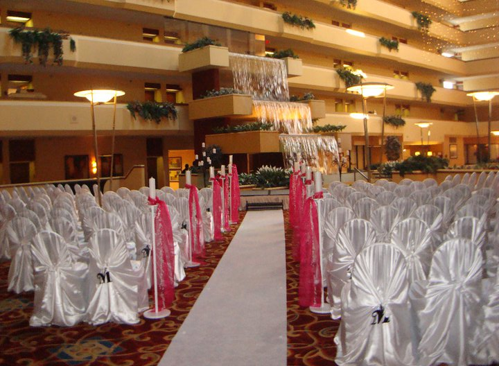 Holiday Inn Beaumont wedding ceremony venues