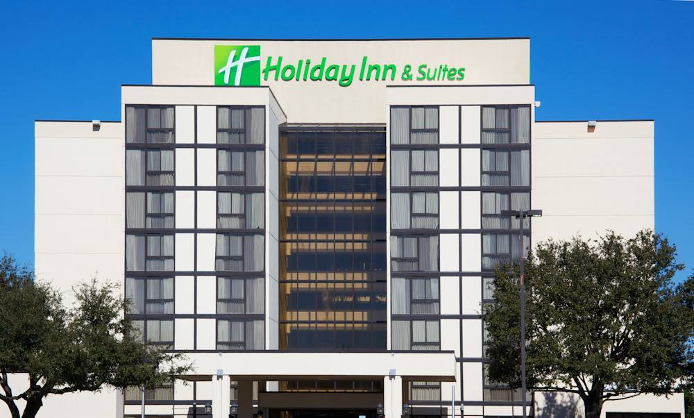 Holiday Inn Beaumont wedding reception venue