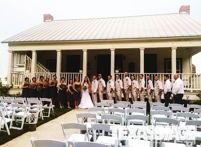 texas-stage-beaumont-wedding-chair-rental