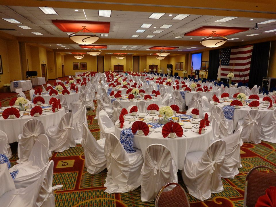 holiday-inn-beaumont-wedding-ballroom