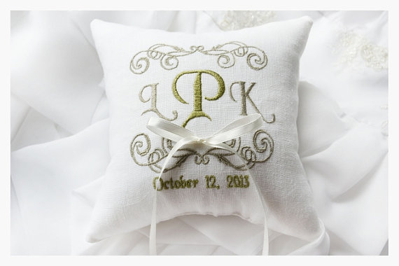 embroidery Beaumont TX, wedding embroidery Beaumont TX, SETX embroidery, wedding embroidery SETX, wedding vendor Beaumont TX, wedding ideas Beaumont TX