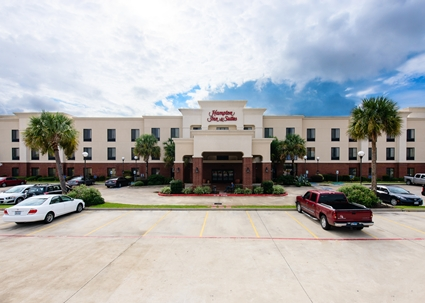 bridal fair Port Arthur, wedding vendor Port Arthur, wedding venue Port Arthur TX, SETX wedding vendor, Hampton Inn & Suites wedding Port Arthur