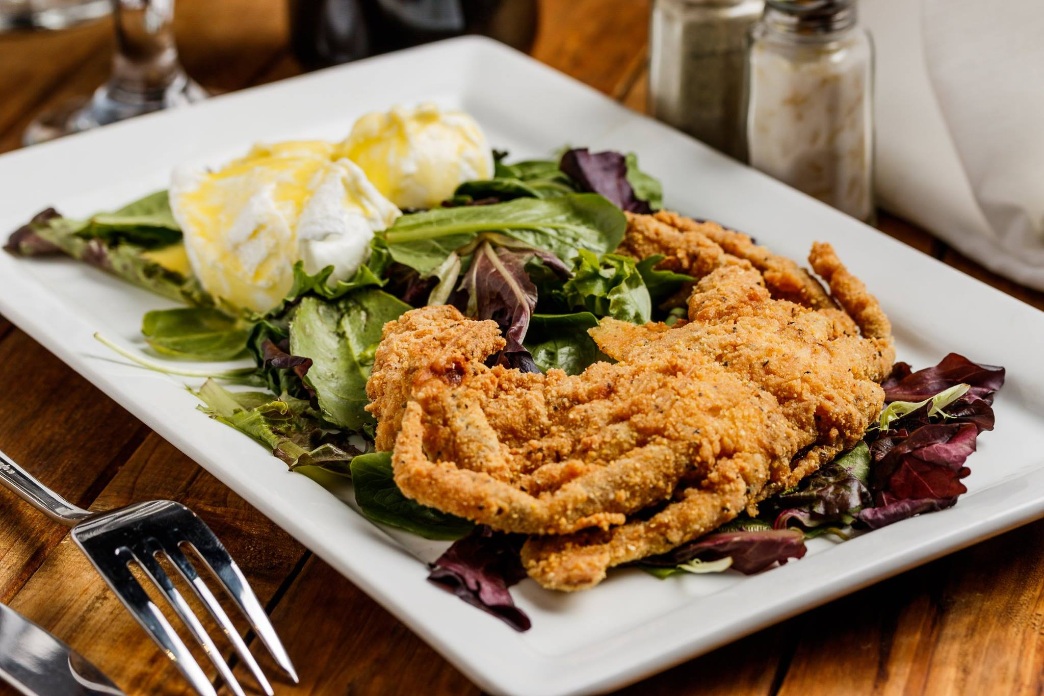 soft shell crab Beaumont TX, seafood restaurant Southeast Texas, Beaumont restaurant reviews